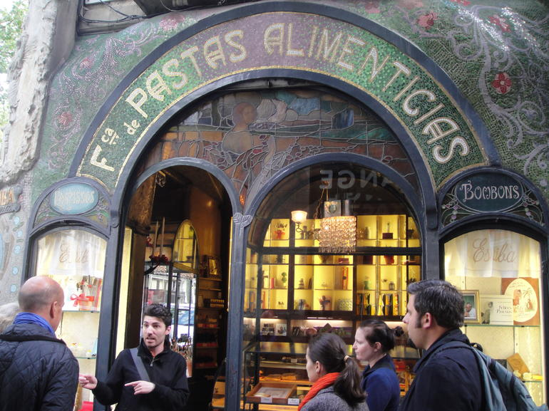 Barcelona Chocolate and Sweets Walking Tour - Barcelona