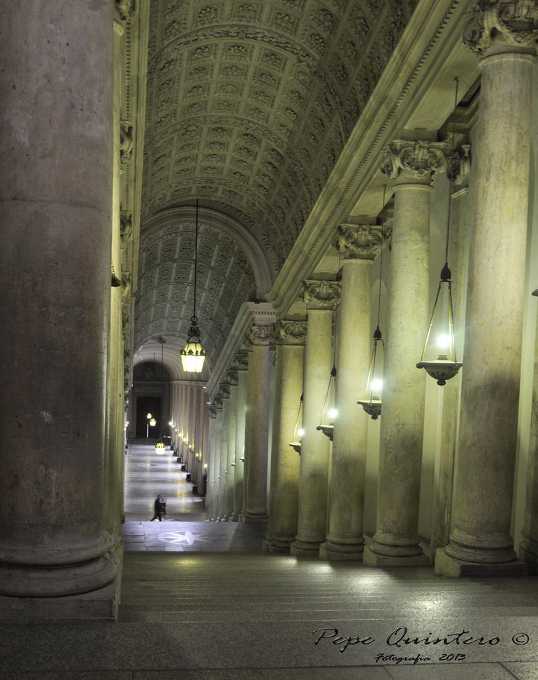 Escalera solitaria - Rome