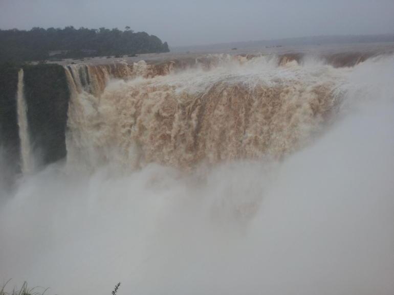 IGUAZU - Puerto Iguazu