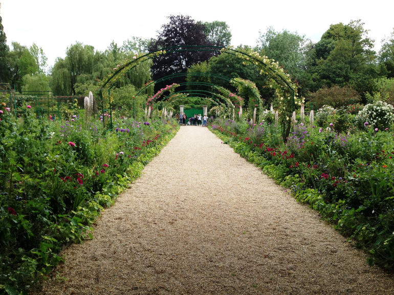 Impressionist Art Tour: Mus�e de l'Orangerie, Monet's Gardens and Giverny - Paris