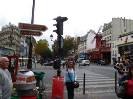 We celebrated my niece's birthday in Paris and took walking tour. , Vicky - October 2011