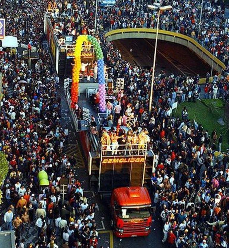 Sau Paulo Gay Pride Parade - Rio de Janeiro