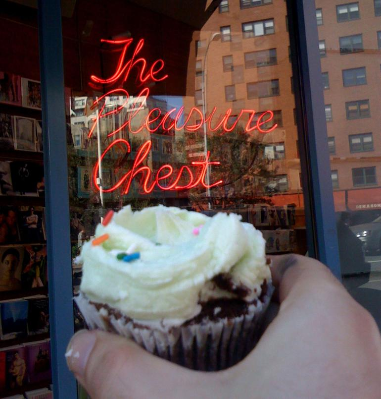 Two Pleasures on One Tour - New York City