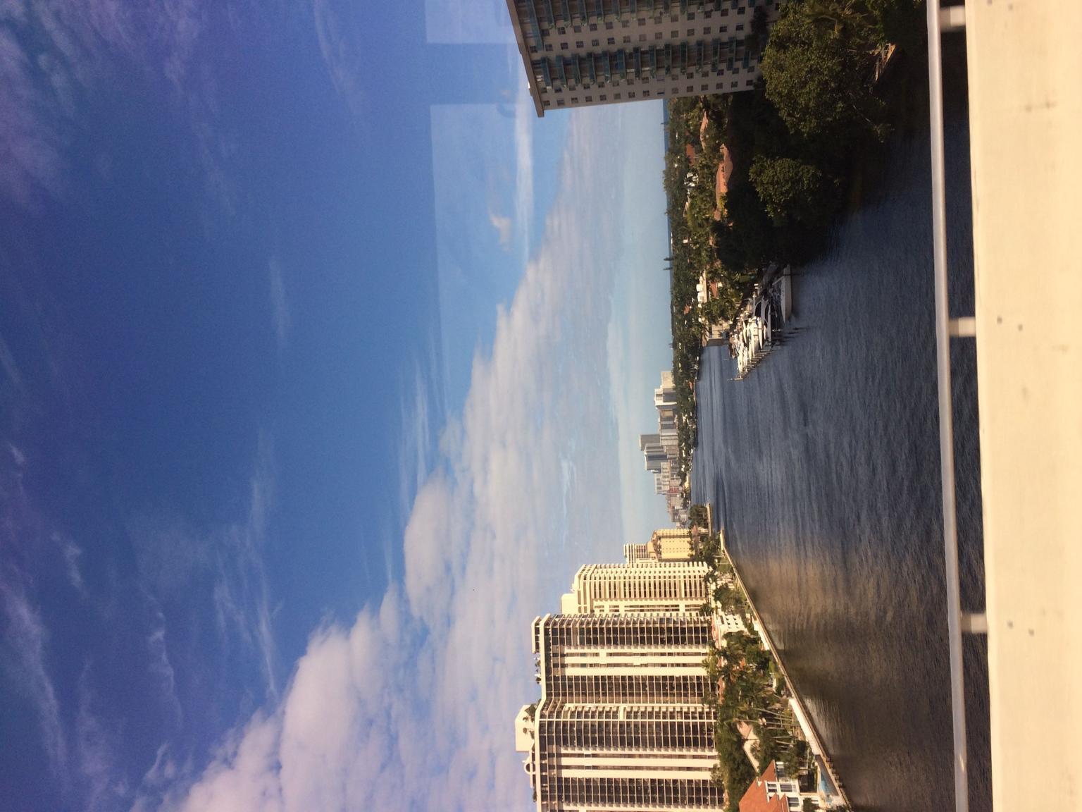 - Miami, FL, ESTADOS UNIDOS