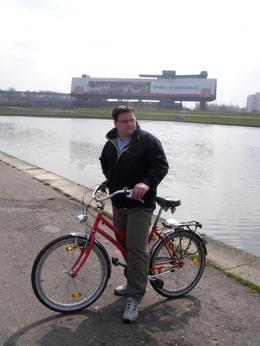 Cheap but good., Ian B - April 2008