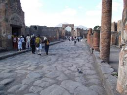 View of street in Pompeii., Louis C - October 2010