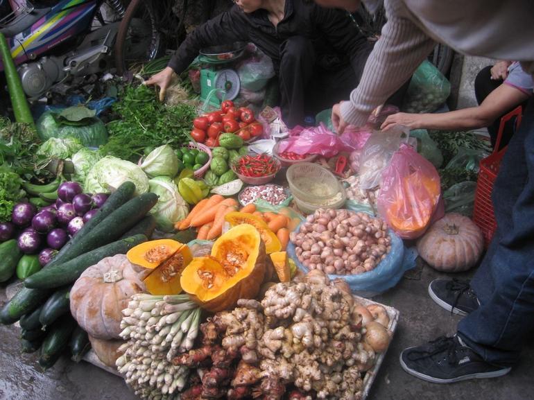 Shopping in Hanoi Markets - Hanoi