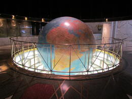 A photo taken inside the news building which was used as the location for the Daily Planet in the Superman movies , Liz F - October 2013