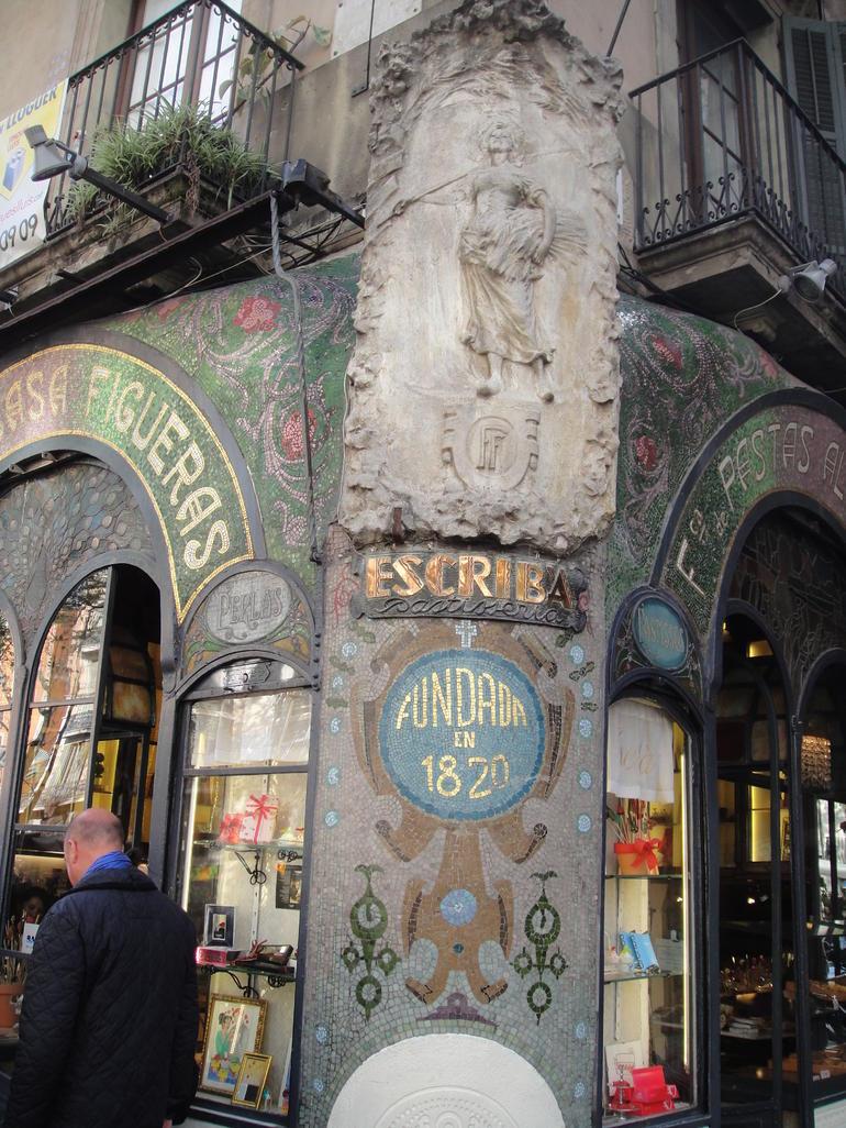 Barcelona Chocolate and Sweets Walking Tour - Barcelona