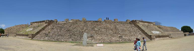 Monte Alban, Arrazola, Coyotepec and Cuilapam Full-Day Tour from Oaxaca