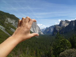 The Tunnel View of Yosemite Valley. , sarah786_ - April 2013
