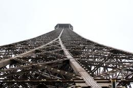 Eines der beeindruckensten Bauwerke überhaupt: der Eiffelturm , Karoline O - November 2017