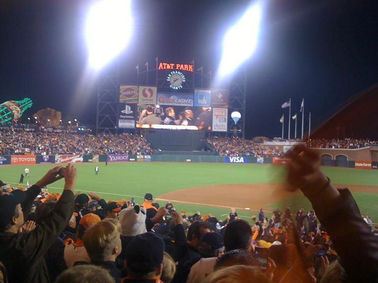 AT&T Giants v Phillies - San Francisco