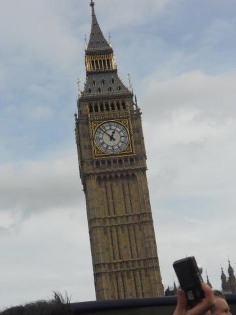 E BIG BEN - London