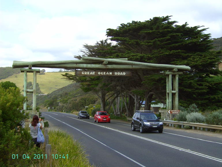 Great Ocean Rd Memorial Gate - Melbourne