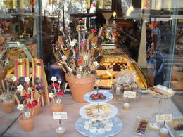Barcelona Chocolate and Sweets Walking Tour - July 2012