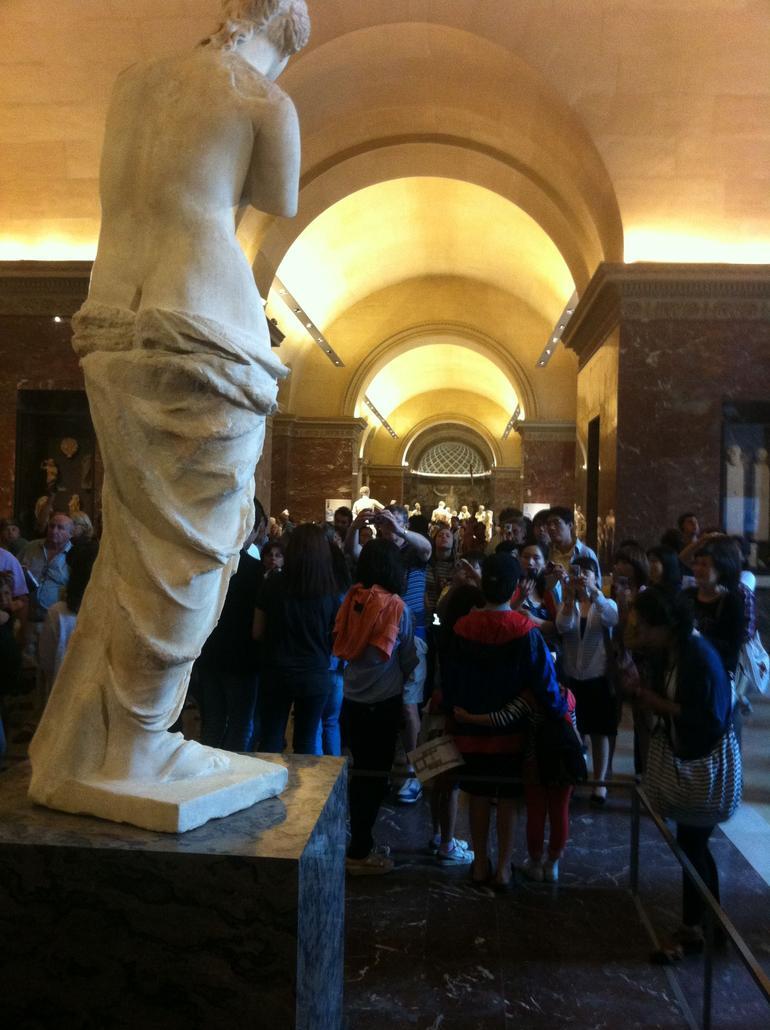 Venus de Milo, Louvre Museum Paris - Paris
