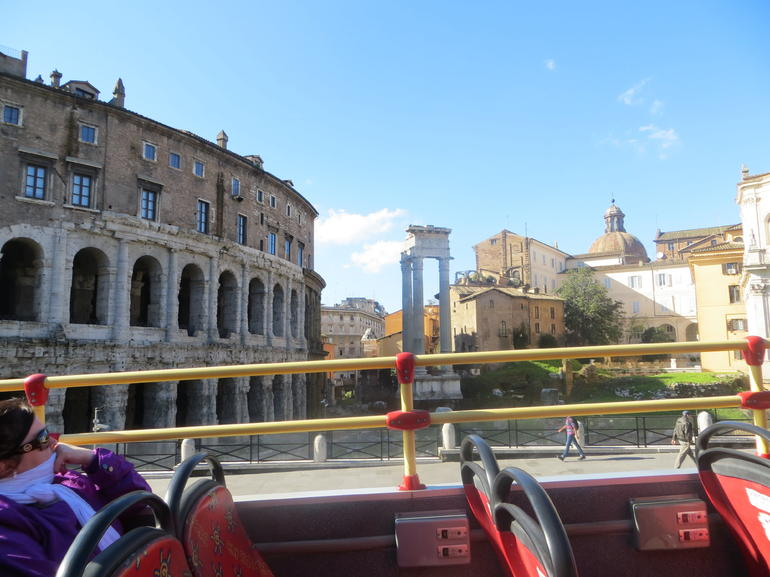 bus tour - Rome