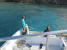 The crew preparing to anchor at Coral Gardens. Just look at the beautiful shades in the water!! , scooter - March 2014