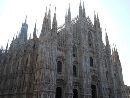 Gorgeous Milan Duomo!! , Linda H - October 2011