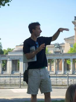 Our guide, starting the tour with an overview of German history. , Lizzan - August 2014