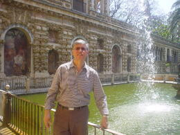 "I am visiting the ""Real Alcazar de Sevilla"" which was the second monument obtained through of Sevilla Card. , Eddy - July 2011"