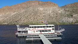 Dolly boat ride on Canyon Lake. , SERGE R - December 2017