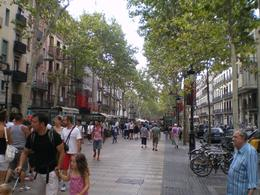 Busy day in the cantre of Barcelona, David G - August 2010