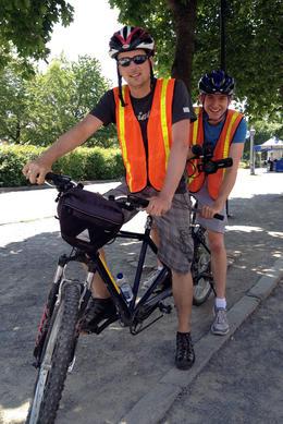 Brock tried out a tandem bike!, Jules & Brock - July 2012