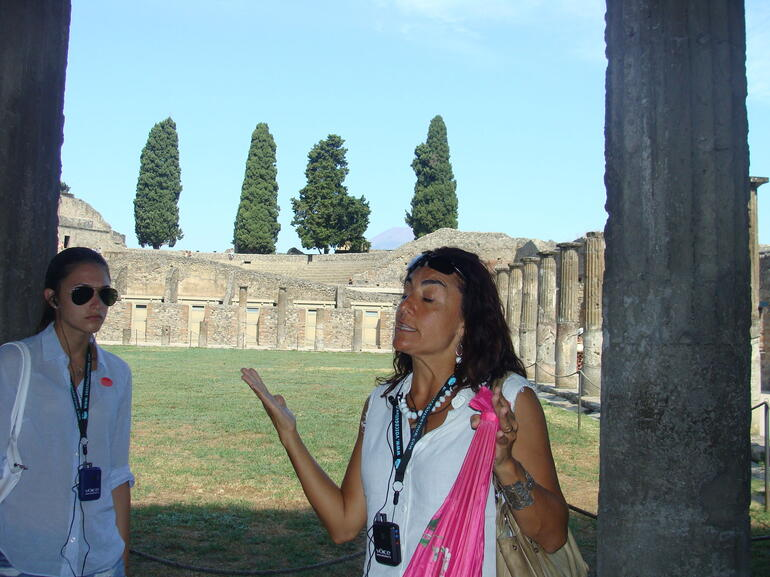 Pompeii tour guide - Rome