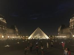 The pyramid at the Louvre , Chris V - August 2017