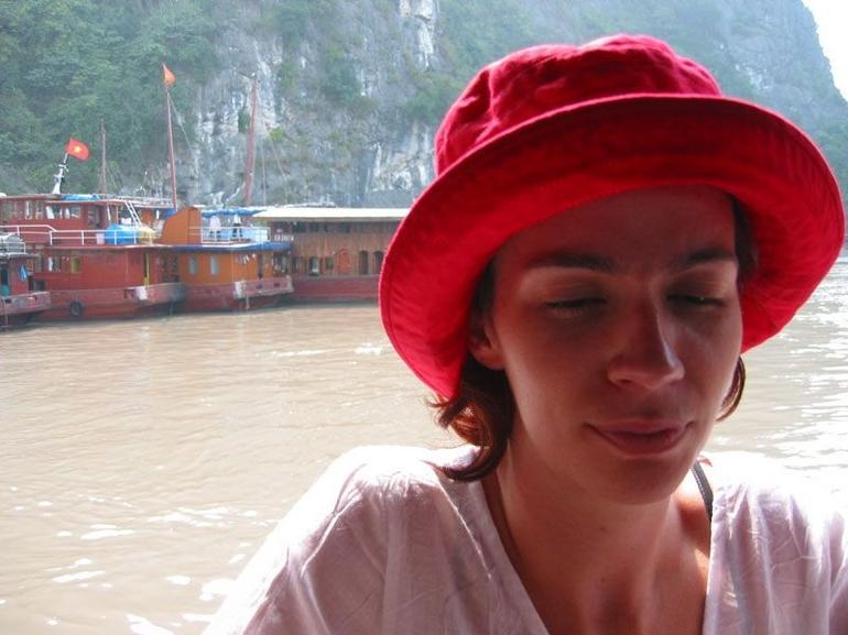 Halong Bay Overnight Cruise - Hanoi