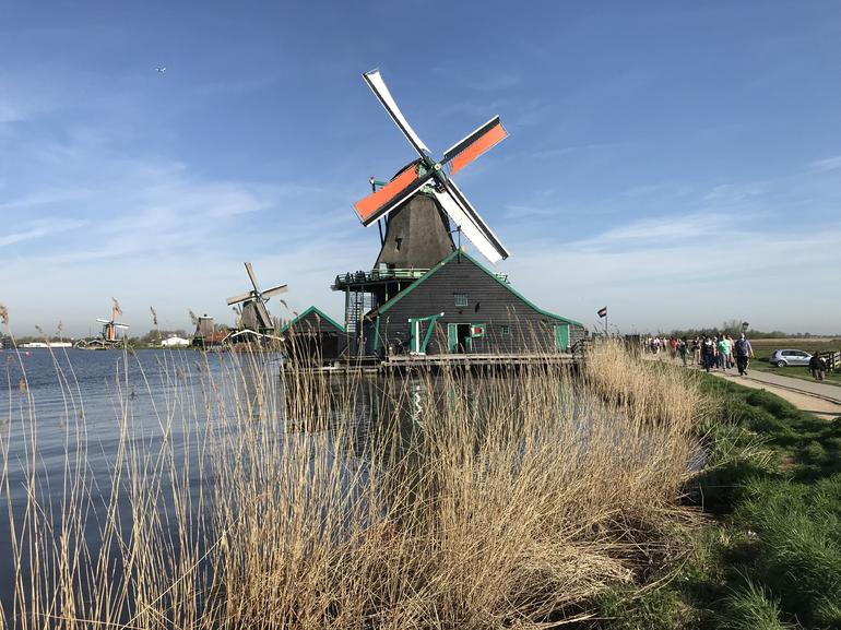 Small Group Zaanse Schans Windmills, Volendam and Old Villages Tour from Amsterdam Including Dutch Schnapps Tasting photo 10