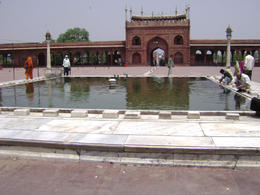 The pool also provides a great reflection of the mosque building , Balti-most - May 2011