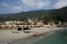 Last stop of the boat trip at Cinque Terre , MI YAN Y - May 2015