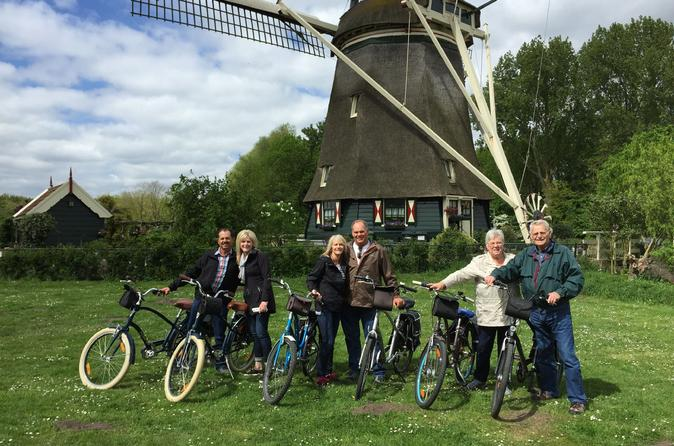 Amsterdam Countryside Bike Tour Including Cheese Tasting and Clog Demonstration