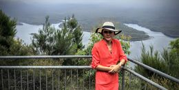 Here we saw wonderful views over Lake Burragorang. Guide was always on hand to take photos for us.. , Ian barty - February 2016