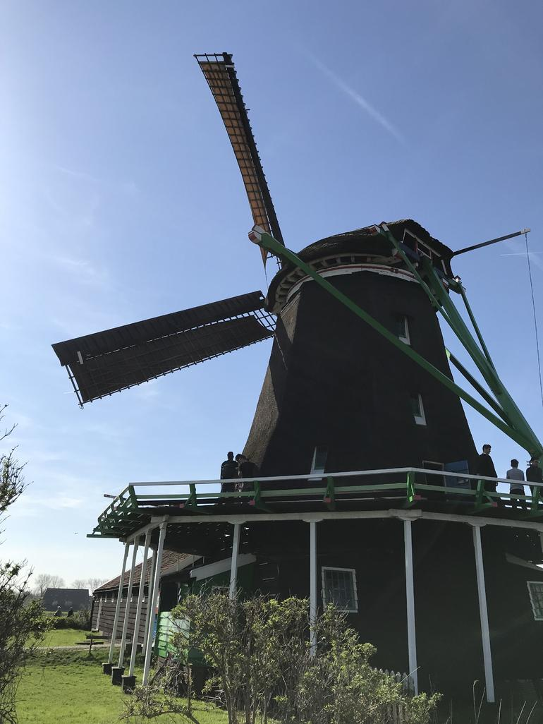 Small Group Zaanse Schans Windmills, Volendam and Old Villages Tour from Amsterdam Including Dutch Schnapps Tasting photo 9