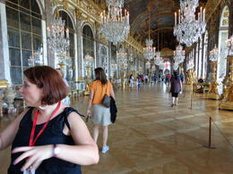 Hall of Mirrors with the guide, dizzledorf - August 2012