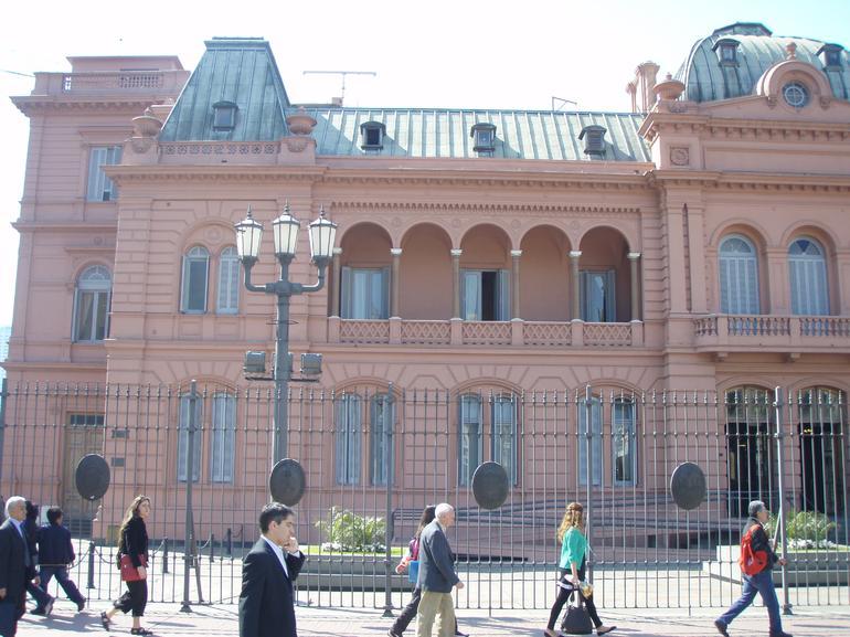Pink House (Casa Rosada), Plaza de Mayo - Buenos Aires