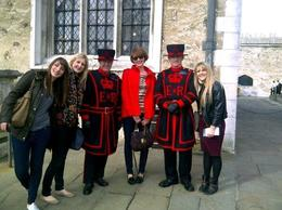 Chatting to the Beefeater's, sarahm - April 2013