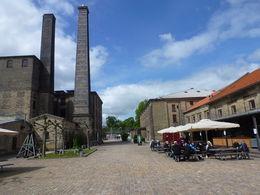 Facilidades estructurales y funcionales de la Cervecería Calsberg , Luz M. P - June 2015