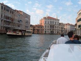 Ride on the Grand Canal, Bosede S - October 2007