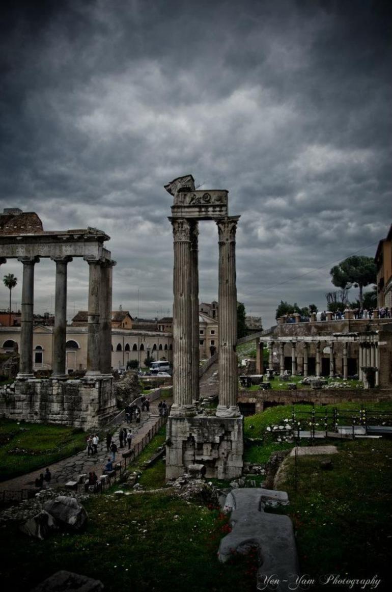 beauty of Pantheon. - Rome