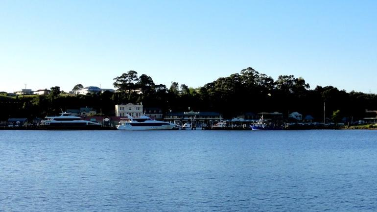 Strahan - Macquarie Harbour - Tasmania