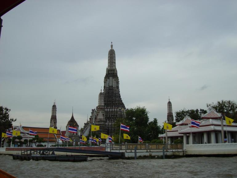 Temple from Chao Phraya River - Bangkok