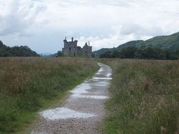 The short walk up to the ruins of Kilchurn Castle. , Shannon - July 2016