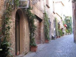 The streets in old Orvieto all look like this. - July 2008