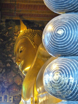 A view of the toes up to the head of the Reclining Buddha., kellythepea - October 2010