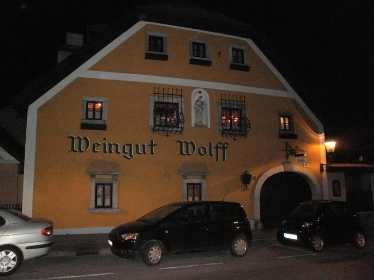 Wine Tavern - Vienna